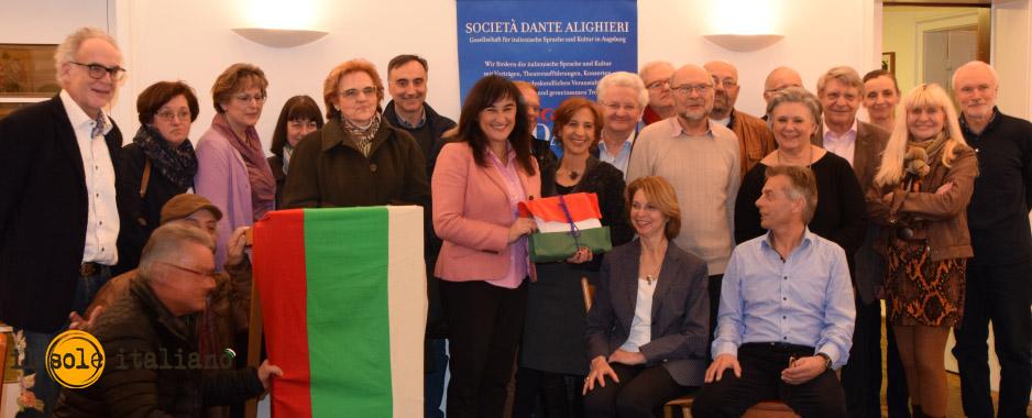 Augsburg: On. Garavini con i soci della Dante Alighieri (foto © ilsoleitaliano – F.G.B.)